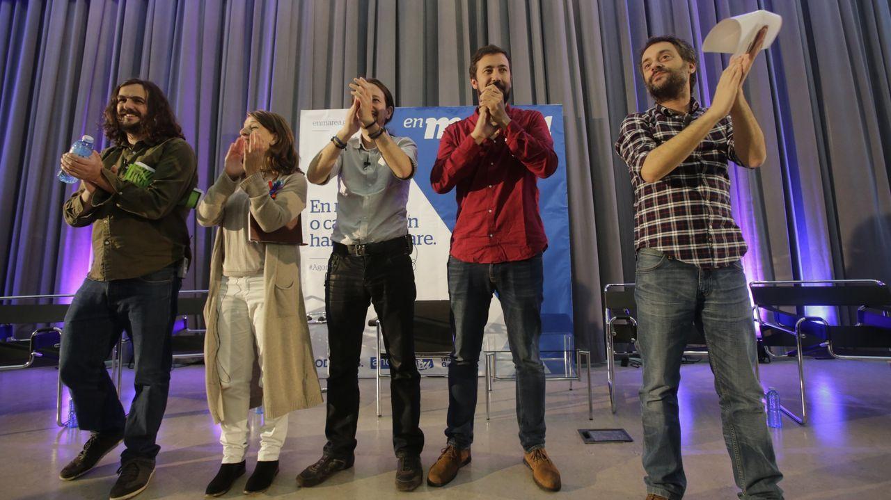 El BNG propone 40 medidas: blindar Galicia, eliminar cuotas a autónomos y reforzar la prevención de violencia machista.Imagen de un mitin de En Marea del 2015