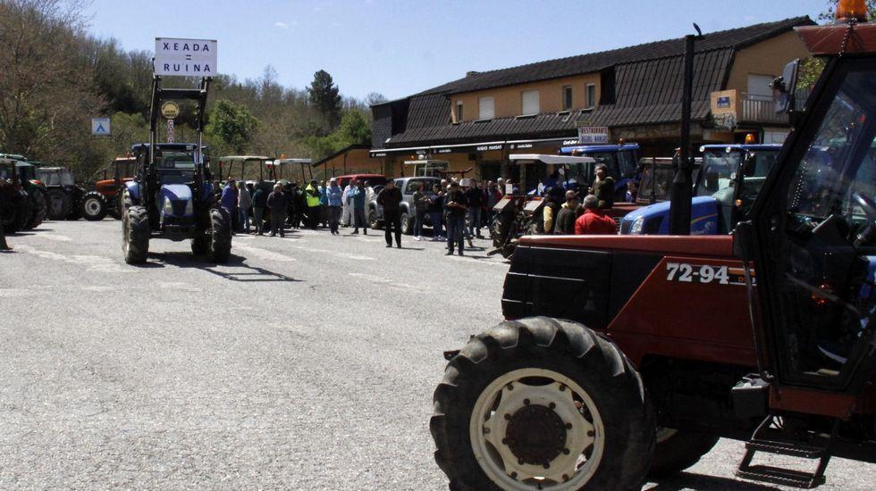 Ya hay más pensionistas que trabajadores.Los ganaderos protagonizaron varias tractoradas pidiendo ayudas directas