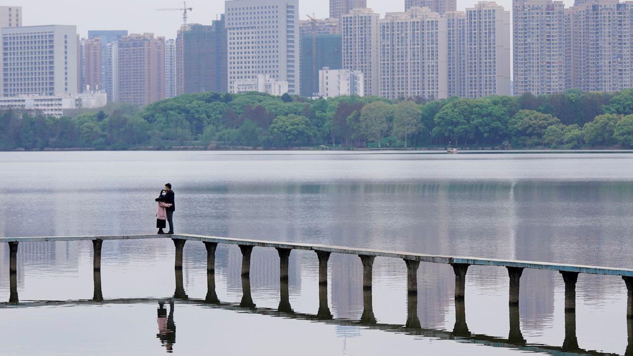 La pandemia en el mundo.Mientras en el resto del mundo la cifra de población confinada no deja de crecer, Wuhan va poco a poco recuperando la normalidad