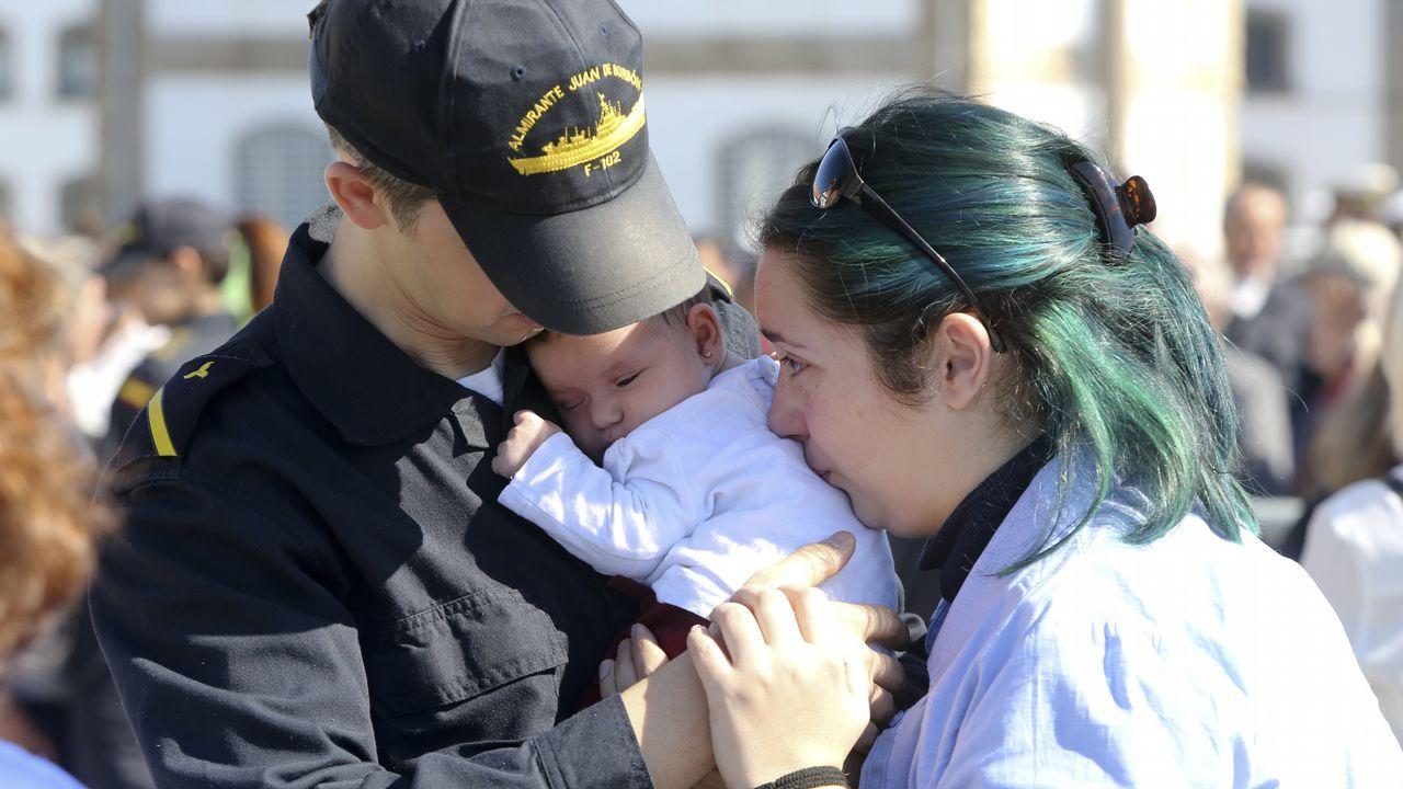 Despedida de la F-102 en el Asenal Militar de Ferrol.Erginay, el martes pasado en una visita a A Coruña