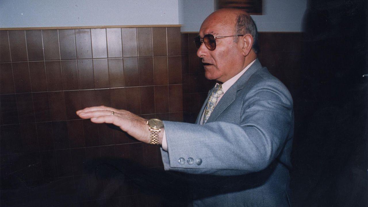 Un histórico narcotraficante asturiano, detenido tras 15 años huyendo de la Justicia.Martí en el pazo de Vista Real, embargado a los charlines