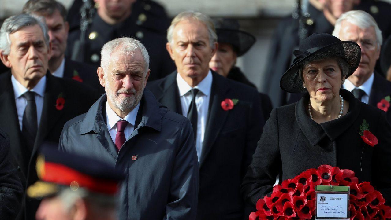 Los ex primeros ministros laboristas Blair y Brown coinciden con el conservador Major en reclamar otra consulta