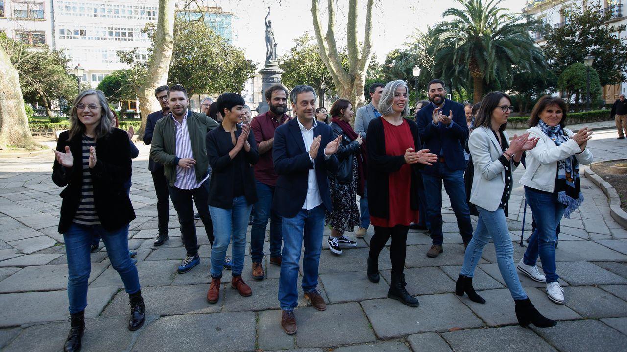 Irene Montero: «Qué son las cloacas del estado, sino un mecanismo para garantizar que votáis bien».El alcalde Xulio Ferreiro junto al concejal Xiao Varela