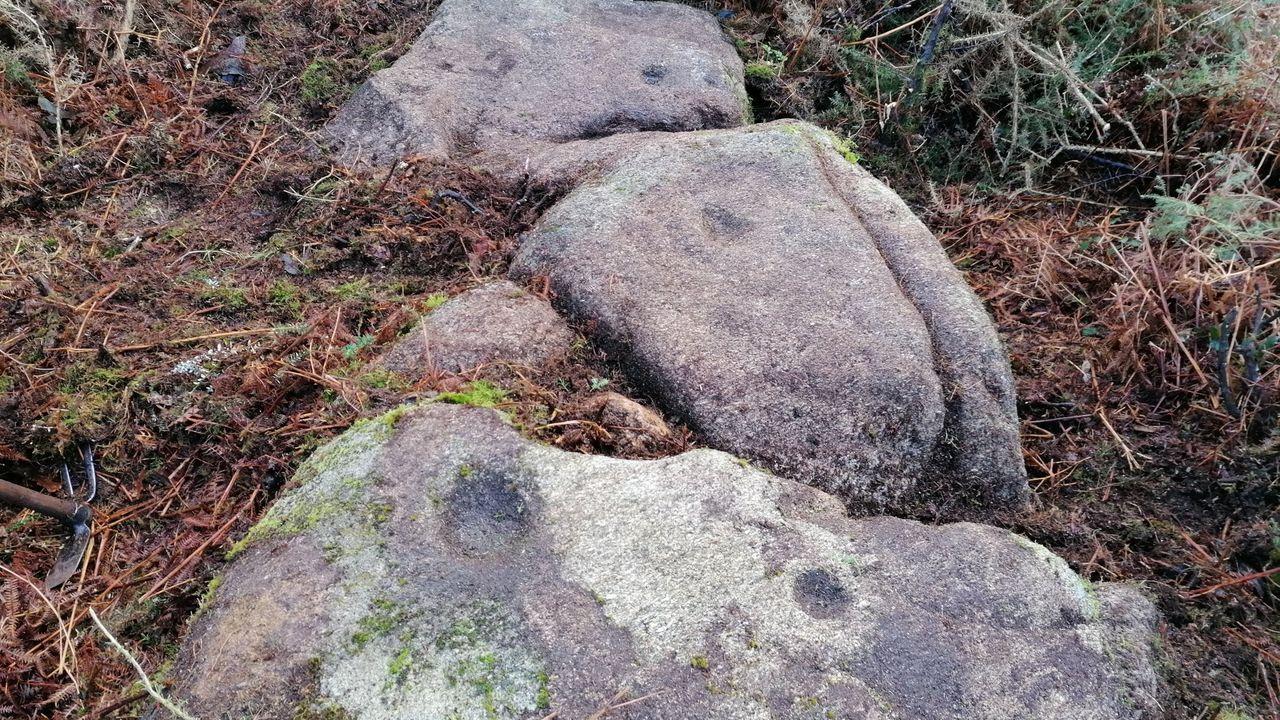 Así es la nueva exposición sobre la Batalla de Brión.Estado de los petroglifos de Pontedeume antes de que fuesen dañados esta semana