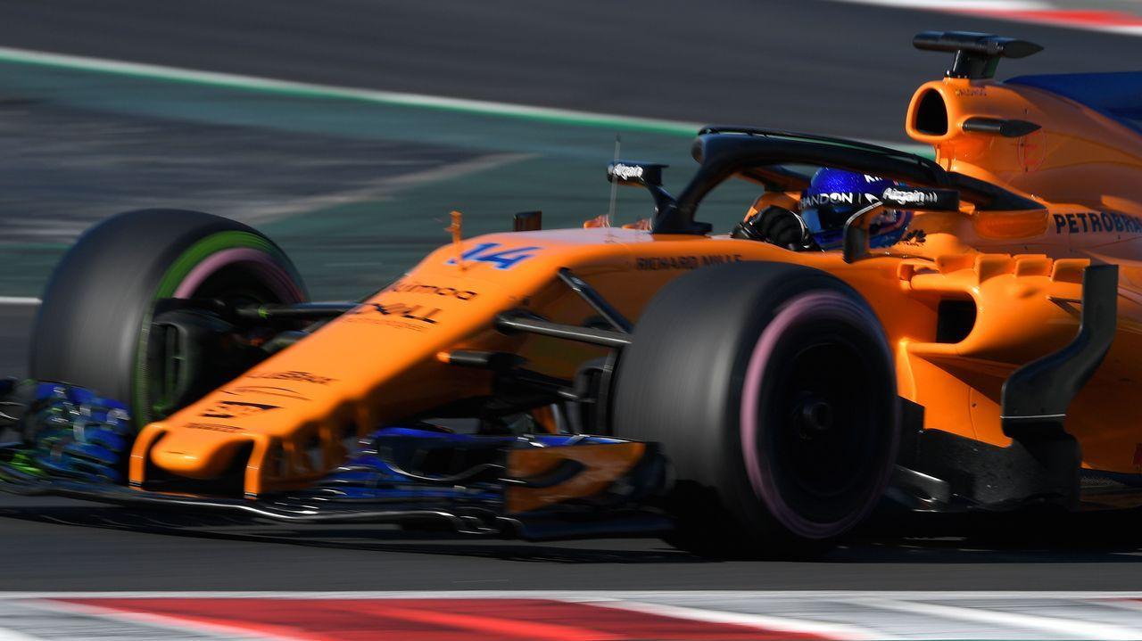 Fernando Alonso entrega en La Morgal los premios a los finalistas del Renault Kart «Pequeños Campeones»