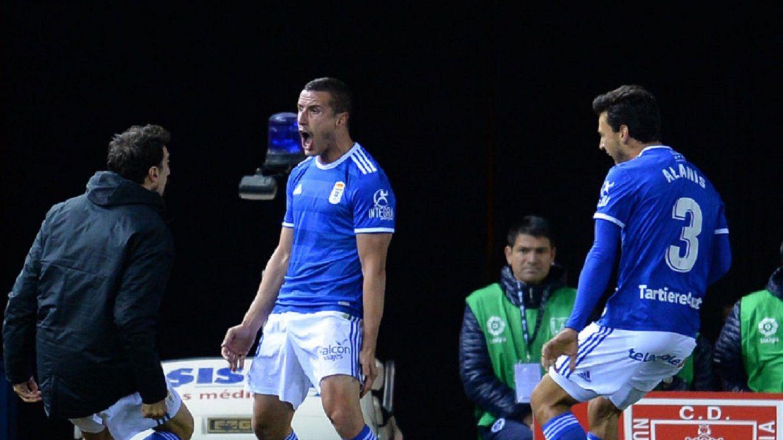 Gol Christian Fernandez Toche Alanis Numancia Real Oviedo Los Pajaritos.Bolaño, Toché y Alanís celebran el 2-3 frente al Numancia