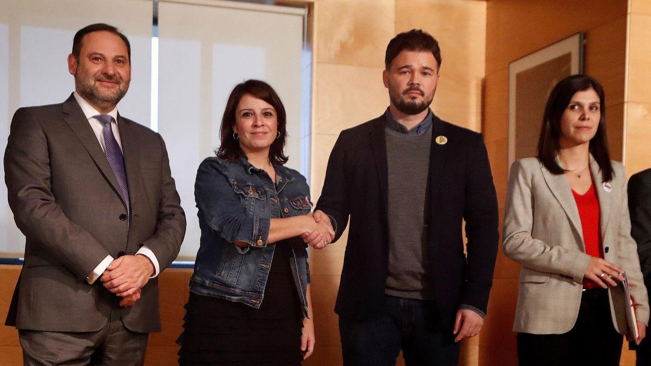 José Luis Ábalos, Adriana Lastra, Gabriel Rufián y Marta Vilalta, este jueves, antes de su reunión en el Congreso