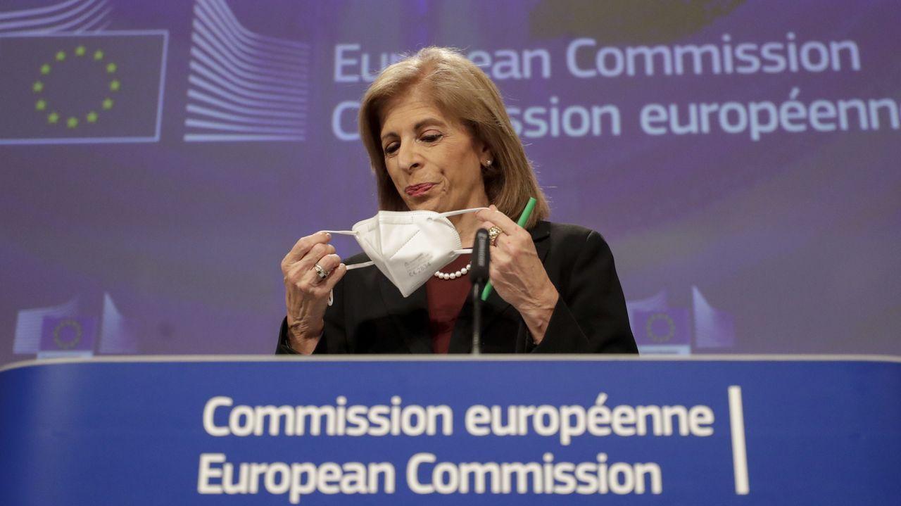 La comisaria Stella Kyriakides durante la rueda de prensa