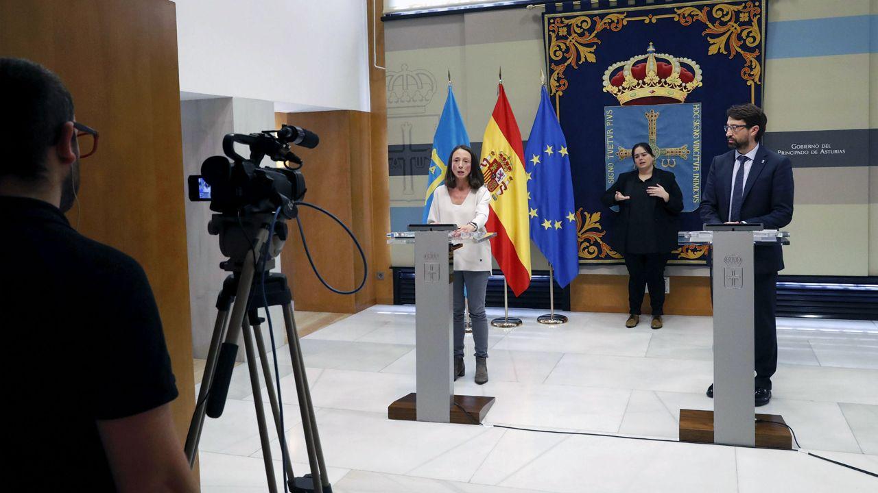 La portavoz y consejera de Derechos Sociales y Bienestar, Melania Álvarez, y el consejero de Industria, Empleo y Promoción Económica, Enrique Fernández.