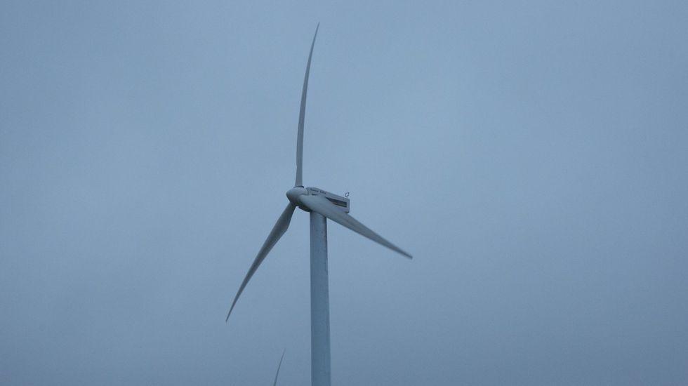 El parque eólico de Prada prevé tres aerogeneradores en O Barco