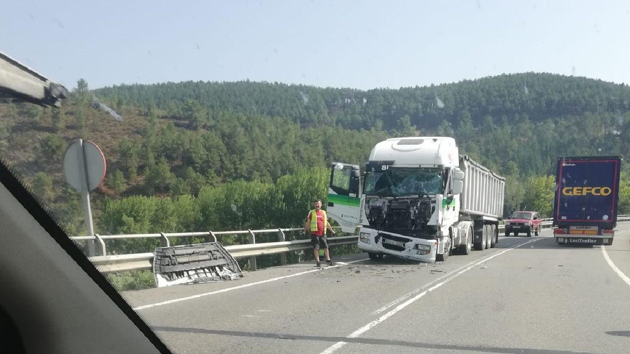 La colisión entre los camiones se produjo a la altura de la localidad de Nocedo