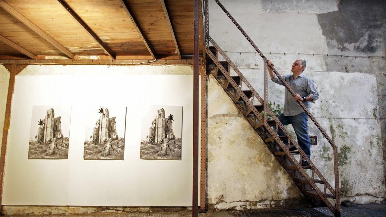 Así se hizo el mural de Isaac Díaz Pardo que ya luce en Sada.La proyección de «Maruxa» en el Marco se acompañó del pase de otros dos cortos de De la Colina