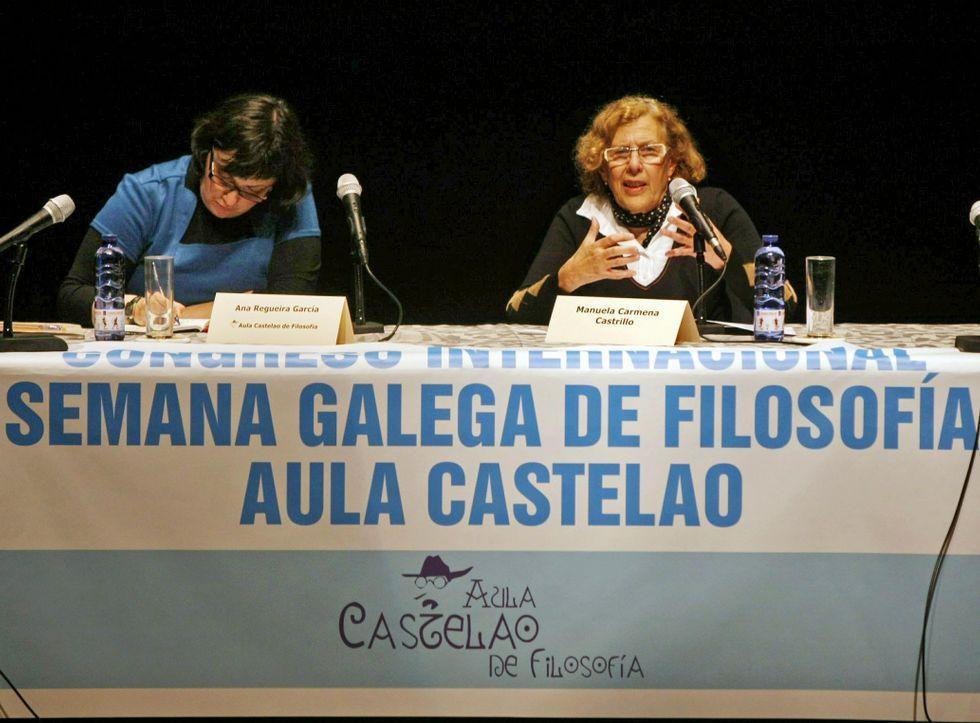Esperanza Aguirre: «El sueldo de los políticos no da para mucho y tenemos que ir a Primark».Álvaro Ojeda en una foto de su perfil de twitter