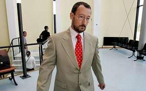 Marcial Dorado, en los juzgados de Vilagarcía, en julio del 2006
