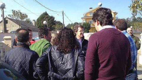 El presidente de la Xunta, junto a los conselleiros de Medio Ambiente y Medio rural, se reunió con los cinco alcaldes de los concellos afectados.