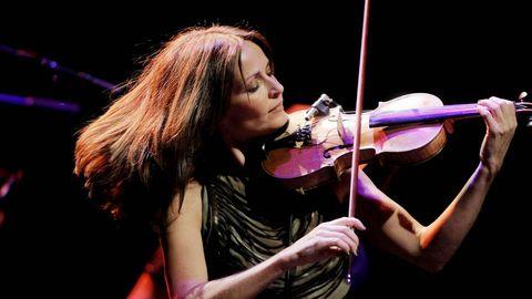 La cantante y violinista Sharon Corr, integrante de la conocida banda irlandesa The Corrs, fue la encargada de clausurar la última edición del festival Sons´2012.