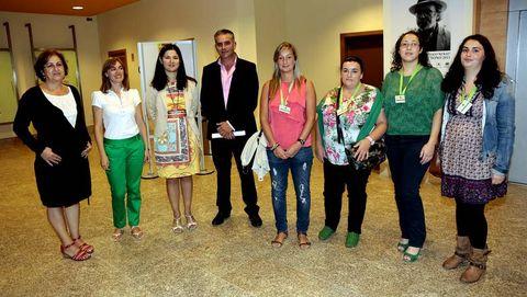 Representantes de Afaber y el Concello de Carballo, en la clausura de ls actos del alzhéimer