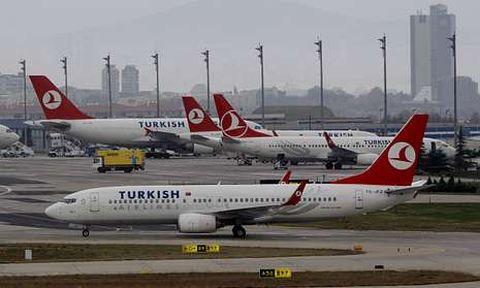 Aviones de Turkish Airlines en Estambul, aeropuerto que estará conectado con Lavacolla.