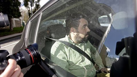 Se acusa a Joaquín Fernández, ex vicesecretario de Comunicación del PP asturiano, de conseguir contratos públicos para empresas relacionadas con la Operación Pokémon