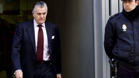 El extesorero del PP, a la salida de la Audiencia Nacional esta mañana tras la comparecencia quincenal impuesta por el juez Ruz, instructor del caso Gürtel