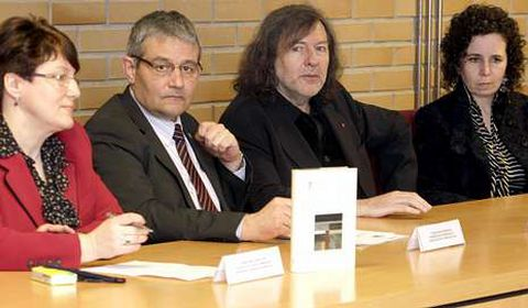 García Herradón e Claudio Rodríguez Fer, onte na presentación.