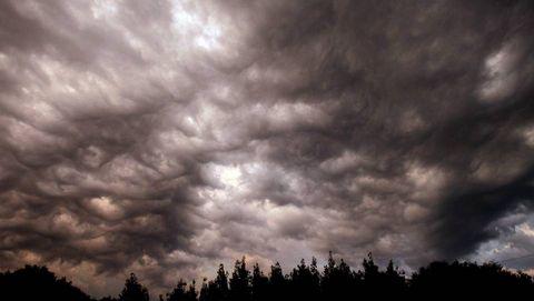 Nubes de tormenta en Santiago