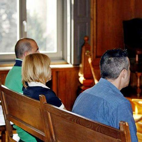 Los tres condenados, en el juicio que se celebró en julio.