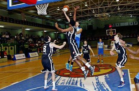 Los cadetes del Peixe vencieron en A Raña al Estudiantes de Lugo en la Copa Galicia.