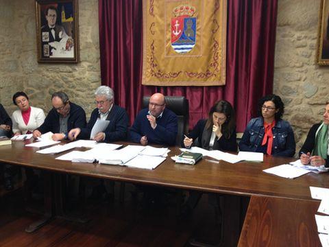 El alcalde defendió la apuesta del Concello rianxeiro por el modelo de Serra do Barbanza.