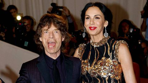 L'Wren Scott con Mick Jagger en la alfombra roja de la gala del Met en mayo del 2011