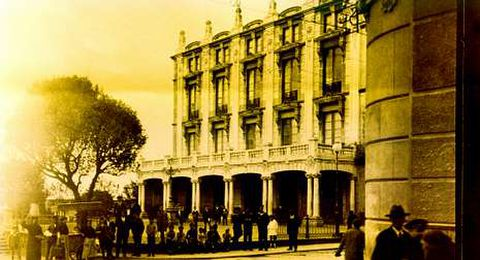El teatro Jofre, cuando la ciudad en casi nada se parecía a la de hoy
