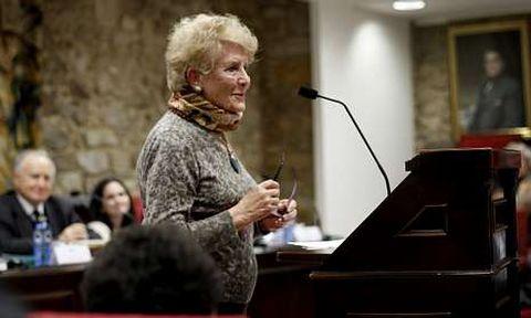 Luz Pozo, en un acto reciente en la sede de la Real Academia Galega, a la que pertenece.