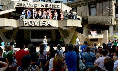 Una de las movilizaciones de la plantilla llevadas a cabo en el hospital privado.