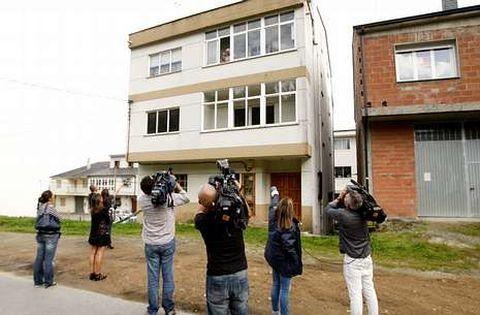 La casa de Jesusa Ramos es objetivo de los periodistas que siguen el caso de Teresa Romero.