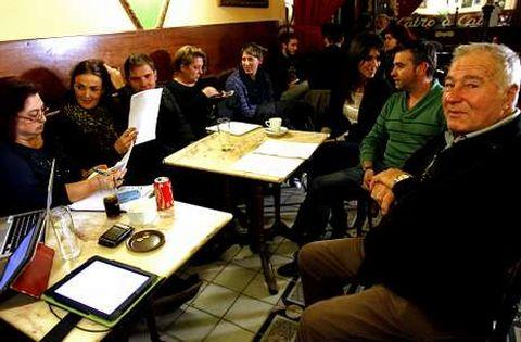 Asamblea del pasado lunes de los integrantes en el círculo de Podemos Vigo Oeste.