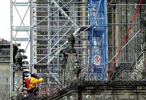 Los trabajos de rehabilitación de la Catedral se centran ahora en la fachada del Obradoiro.