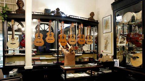Musical Manrique Villanueva (Vigo)