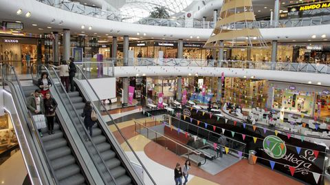 El centro comercial coruñés recibió el año pasado 15,1 millones de visitantes. Paco Rodríguez