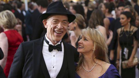 J.K. Simmons con su mujer