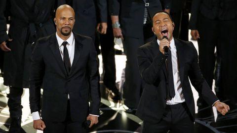 Lágrimas provocaron las palabras, tan medidas como cautivadoras, del rapero Common tras hacerse con el premio a la mejor canción por «Glory», del filme «Selma», sobre la vida del activista Martin Luther King.