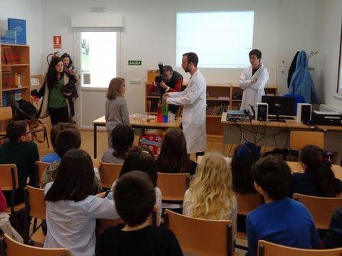 Una de las actividades escolares de Aqualogía