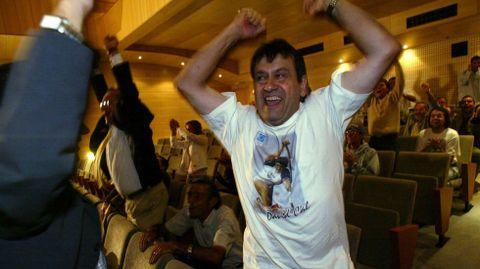 Así celebraron en Cangas su oro en Atenas 2004.