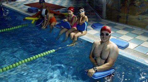 Entrenamiento en la piscina de Vialia (Pontevedra).