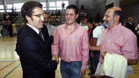 Saludo con el presidente de la Xunta Alberto Núñez Feijoo (2009).