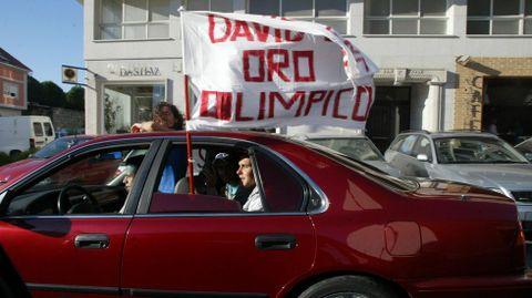 Celebración en Cangas tras sus dos medallas en Atenas.