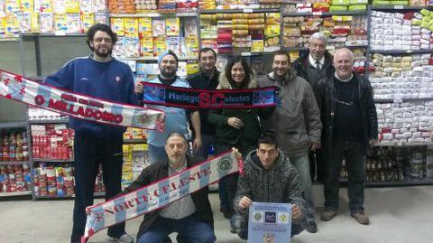 Viajan a Balaídos con Milladoiro y Merlegos, colectivos con los que también han organizado iniciativas solidarias.