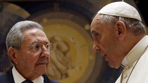 Raúl Castro y el papa Francisco han mantenido hoy una audiencia privada de 55 minutos de duración.