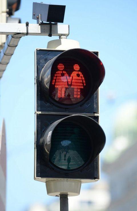 Semáforos «gay» instalados en Viena