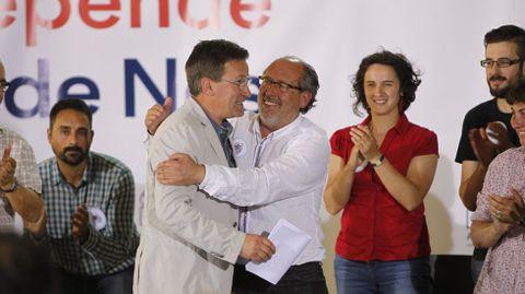 Xavier Vence apoyando al candidato del BNG en Vigo
