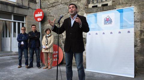 Anxo Quintana arropa al candidato del BNG en Xinzo